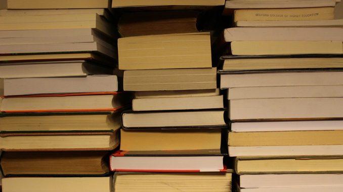 books-1998222_960_720