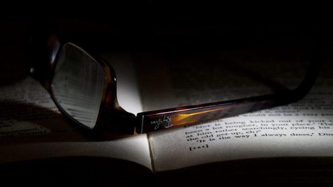 glasses-1010821_960_720