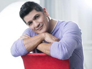 The merenguero Eddy Herrera from the Dominican Republic