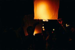 lantern-2560972_960_720