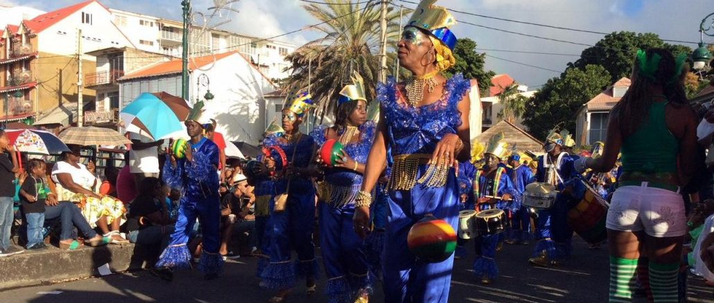 Every year, about 150 000 spectators attend the Mardi Gras Parade in the streets of Basse-Terre, the capital of Guadeloupe. (Photo: A. Chaville)