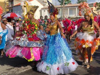 "From 12:30, 50 groups have taken the start of the parade to walk through the main streets of the capital, 45 of them participated in the prestigious competition ""Winner 2018"".  In total, Basse-Terre enjoyed for more than twelve hours a show without interruption."