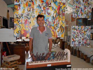 """Vincent Nicaudie: """"Je n'ai jamais été aussi heureux. J'ai l'immense chance de vivre de ma passion pour les objets anciens et l'art contemporain""""."""
