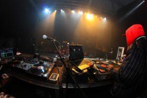 concert-633110_960_720