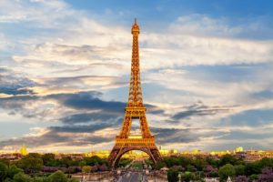 eiffel-tower-3349075_960_720