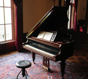 piano-601386_960_720