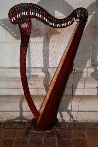 harp-195636_960_720