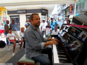 Piano dans la Ville 30