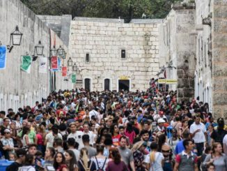 417,619 people came to the International Book Fair held at Fort San Carlos de La Cabaña in Havana.