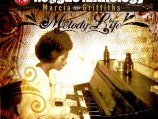 """Surnommée """"La Reine du Reggae"""" et âgée de 70 ans, Marcia Griffiths est une légende vivante. Outre sa carrière solo, elle a fait partie de I-Threes, le groupe de choristes qui a accompagné Bob Marley et The Wailers."""