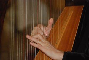 celtic-harp-1241815_960_720