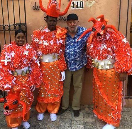 Freddy Ginebra celebrating carnival in Casa de Teatro