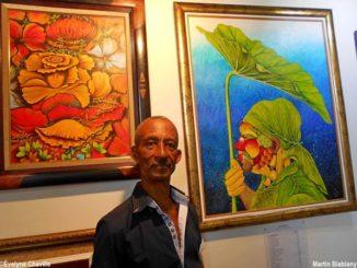 Le peintre guadeloupéen Martin Biabiany à la Pool Art Fair Guadeloupe en 2018 - Photo: Évelyne Chaville