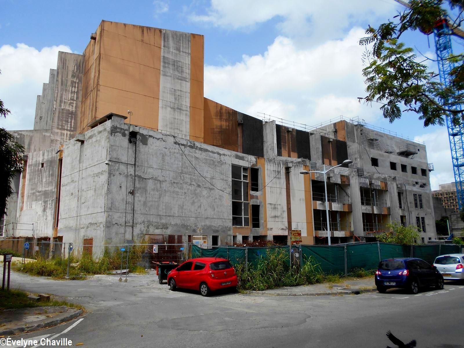 Centre des Arts-Rénovation 13