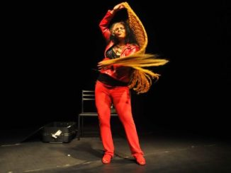 "Play ""Retorno"", starring the experienced actress Kenia Liranzo"