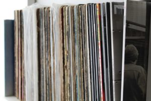 records-3495706_960_720
