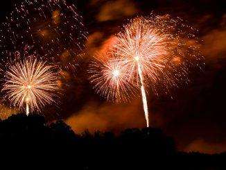 fireworks-238108_960_720