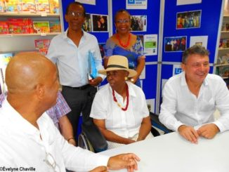 Maryse Condé at a book signing in Guadeloupe on 5 January 2019 - Photo: Évelyne Chaville
